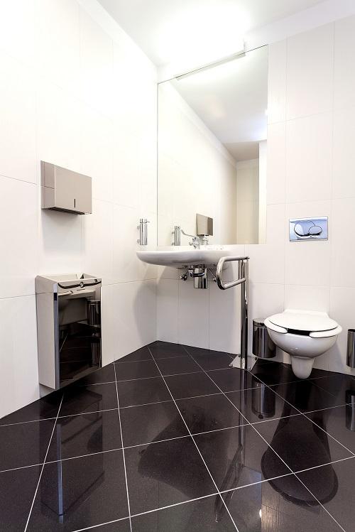 wyposażenie toalet publicznych